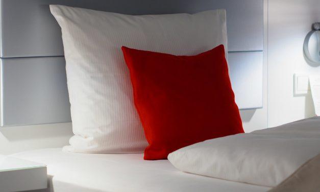 Comment choisir son oreiller : conseils et recommandations